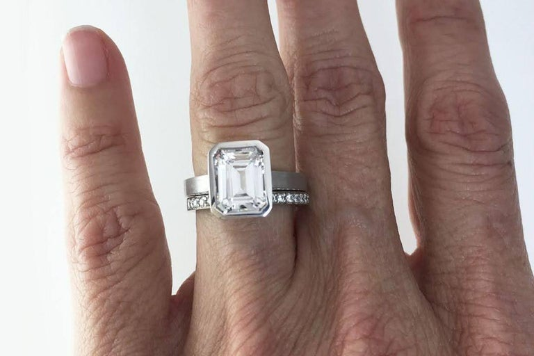 Emerald Cut Diamond Bezel Solitaire Ring For Sale 1