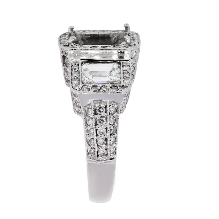 Emerald Cut Diamond Ring Mounting In Excellent Condition For Sale In Boca Raton, FL