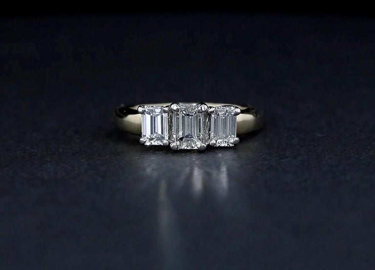 Emerald Cut Diamond Three-Stone Engagement Ring In Good Condition In NEW ORLEANS, LA