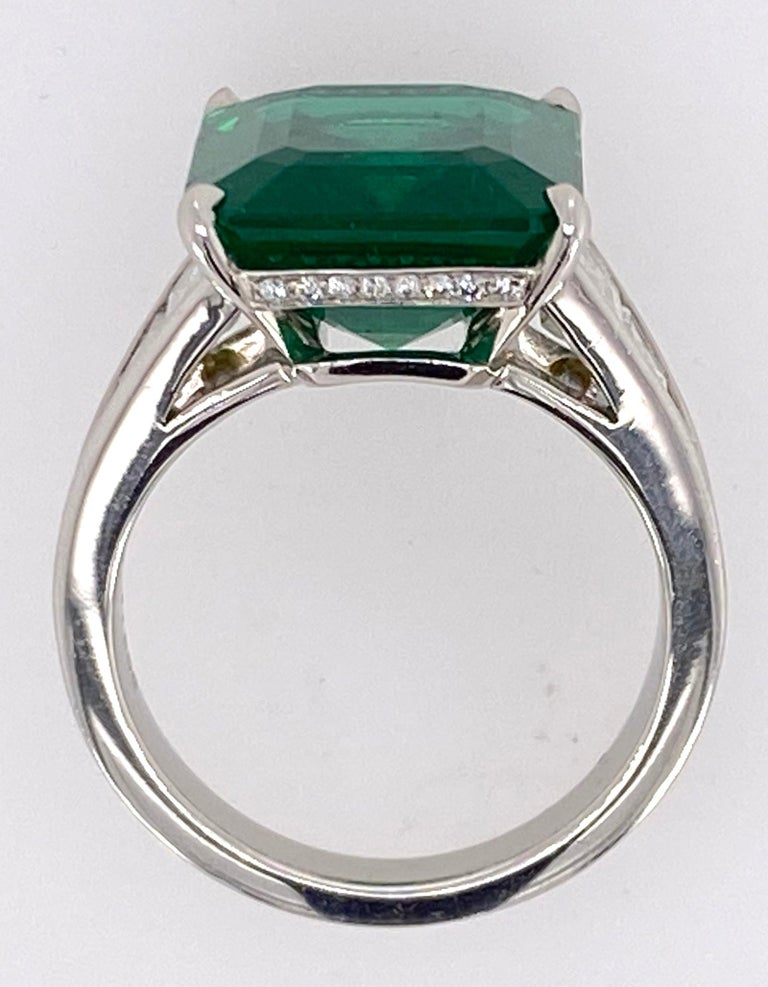 Women's or Men's Emerald Cut Emerald and Diamond Ring For Sale