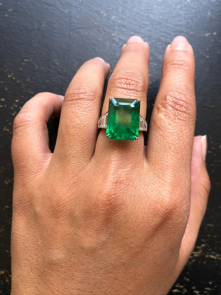 Emerald Cut Emerald and Diamond Ring For Sale 2