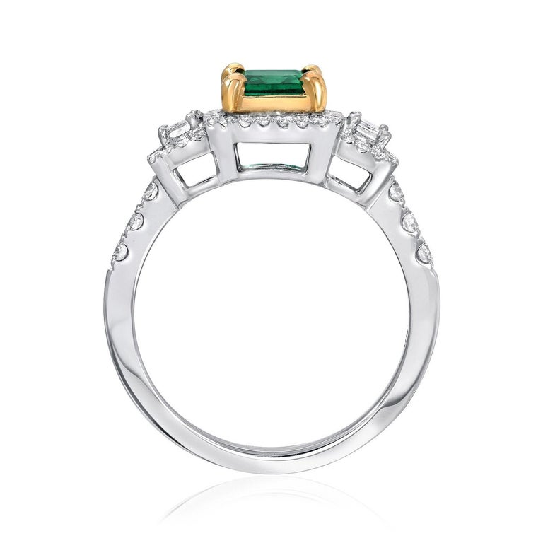 Emerald Ring 1.24 Carat Emerald Cut In New Condition For Sale In Beverly Hills, CA