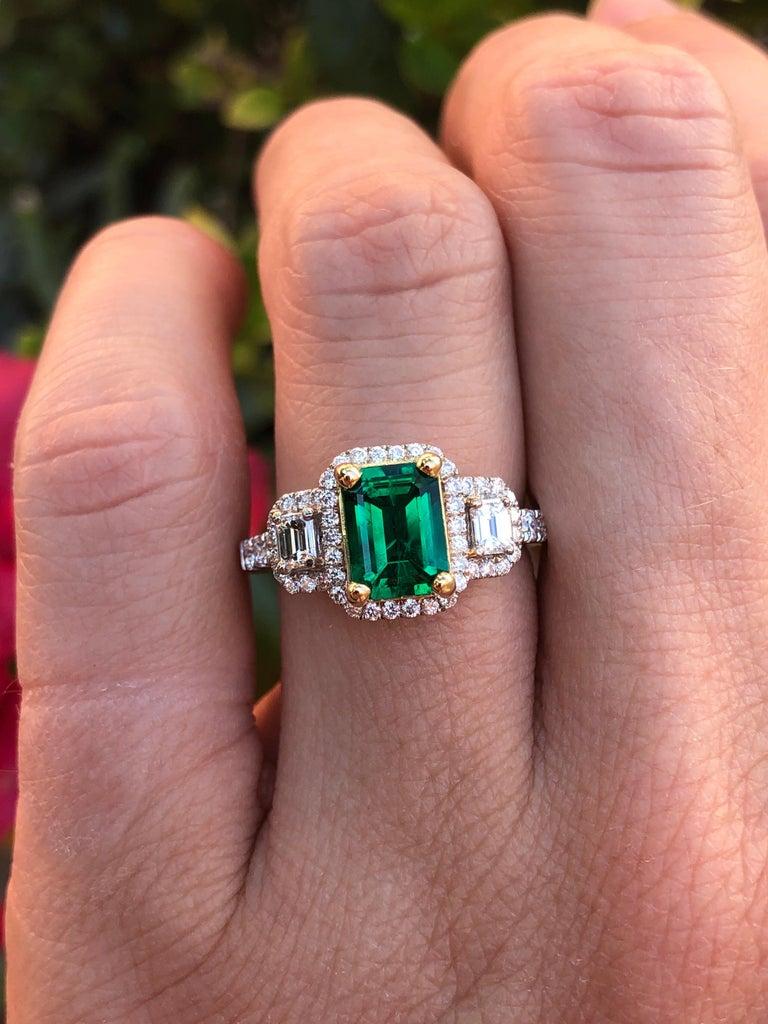 Emerald Ring 1.24 Carat Emerald Cut For Sale 1