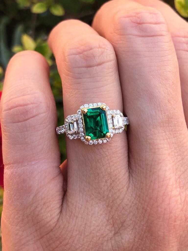 Emerald Ring 1.24 Carat Emerald Cut For Sale 2