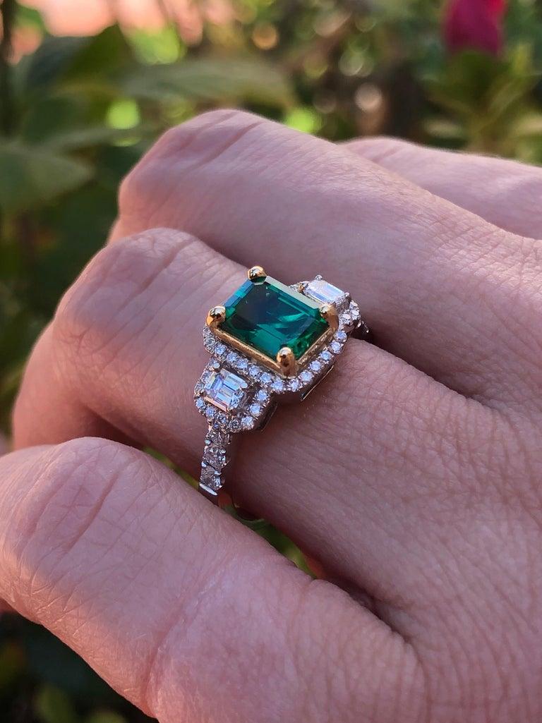Emerald Ring 1.24 Carat Emerald Cut For Sale 3