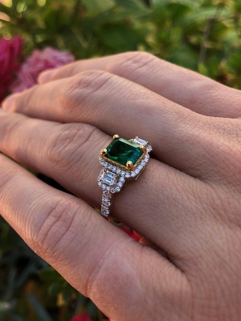 Emerald Ring 1.24 Carat Emerald Cut For Sale 4