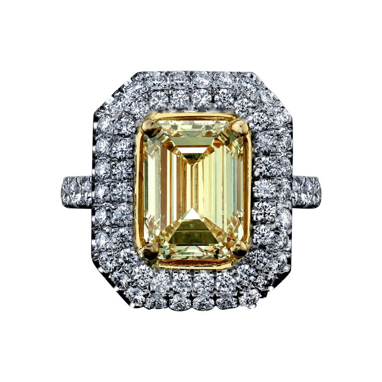 Emerald Cut Yellow Diamond Ring 4.01 Carats Plat/18KY GIA Certified For Sale