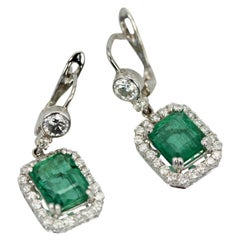Emerald Diamond 18 Karat Earrings