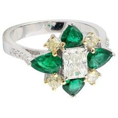 Emerald Diamond 18 Karat Gold Clover Ring