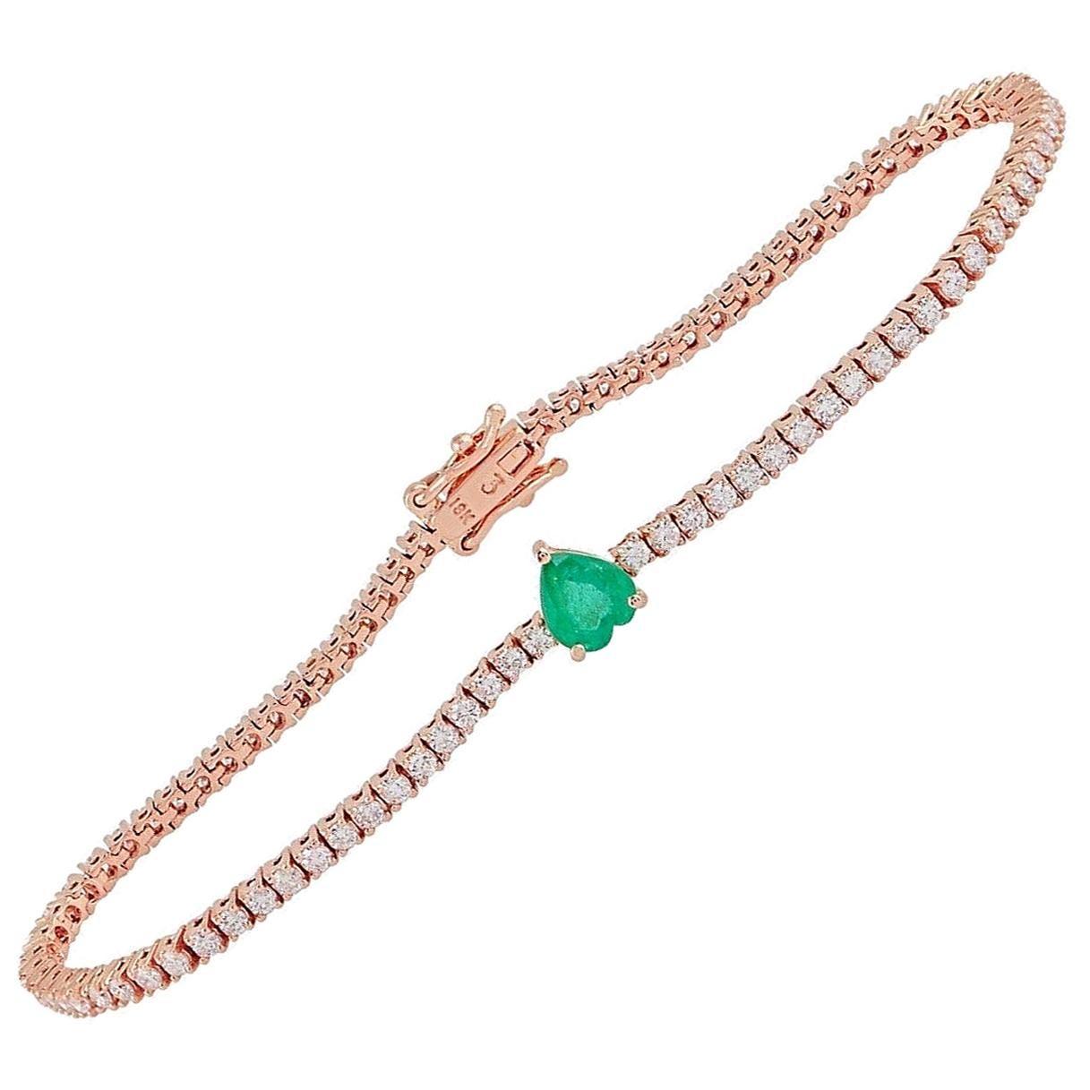 Emerald Diamond 18 Karat Gold Heart Bracelet