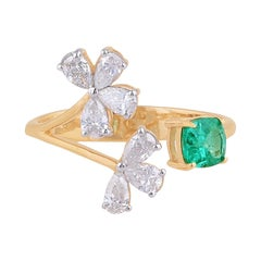 Emerald Diamond 18 Karat Gold Open Ring
