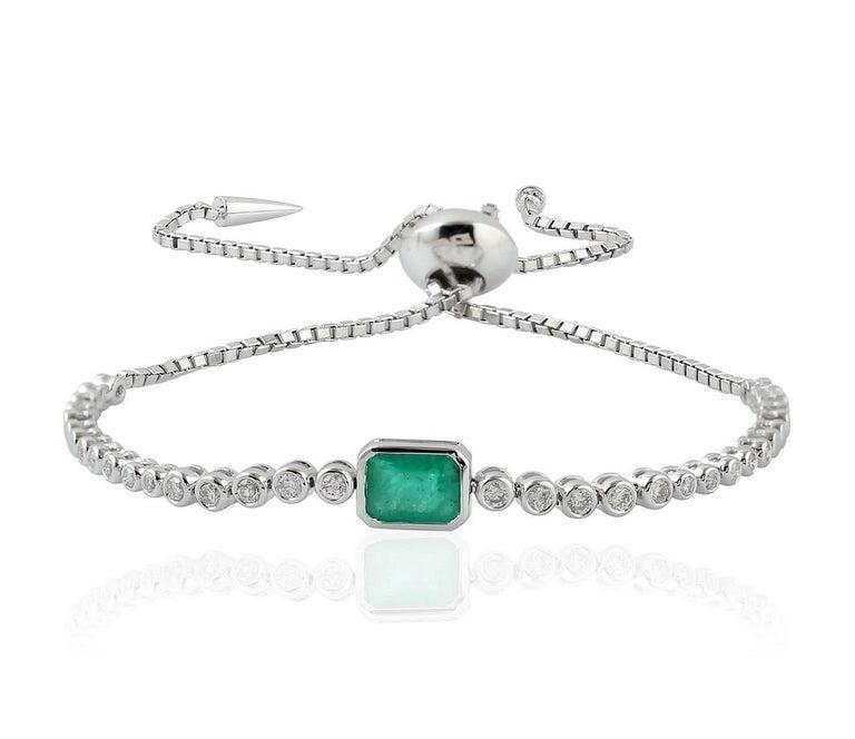Emerald Diamond 18 Karat Gold Slider Tennis Bracelet In New Condition For Sale In Hoffman Estate, IL