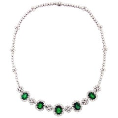 Emerald Diamond 18 Karat White Gold Necklace
