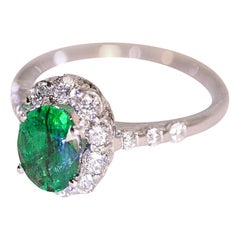 Emerald Diamond 18 Karat White Gold Ring
