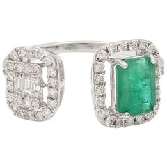 Emerald Diamond 18 Karat White Gold Twin Ring