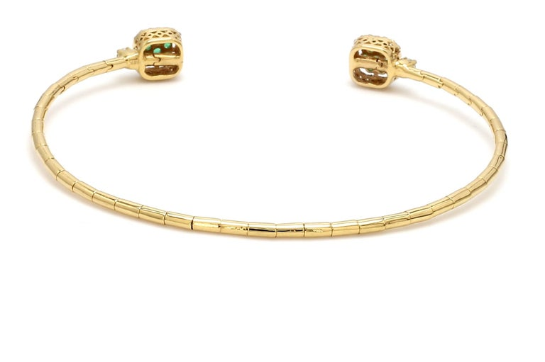 Contemporary Emerald Diamond 18 Karat Yellow Gold Cuff Bracelet For Sale