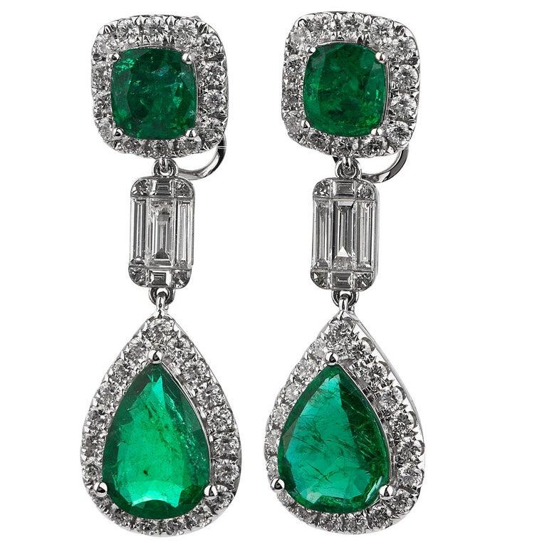 Modern Emerald Diamond 18K Gold Elegant Dangle Drop Earrings