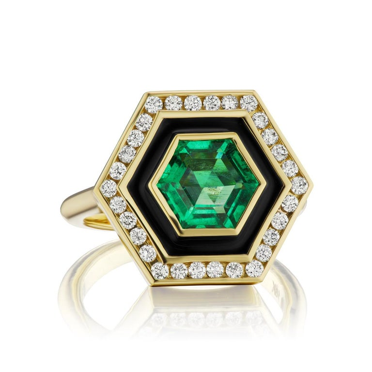 Art Deco Emerald, Diamond and Enamel Hexagonal Museum Series Ring in 18 Karat Yellow Gold For Sale