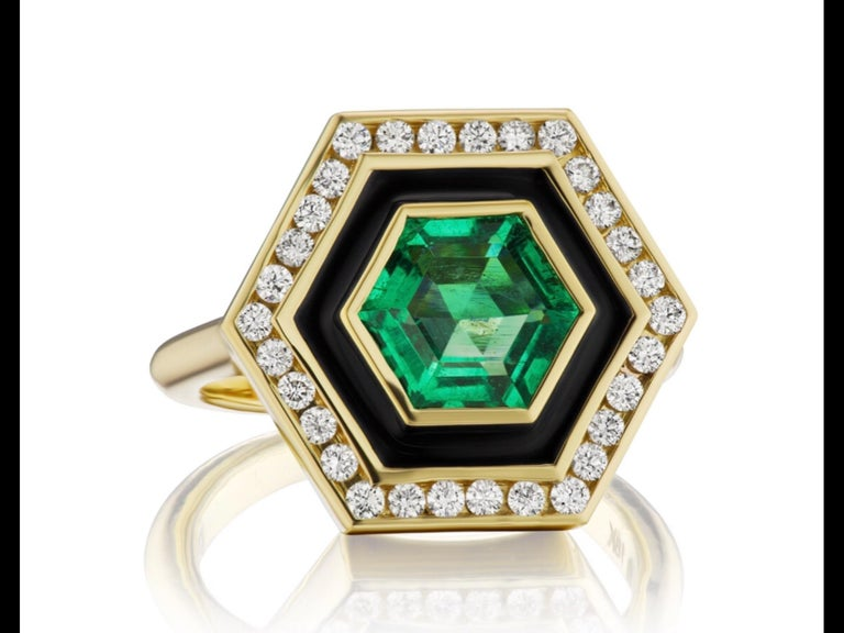Emerald, Diamond and Enamel Hexagonal Museum Series Ring in 18 Karat Yellow Gold In New Condition For Sale In Dallas, TX