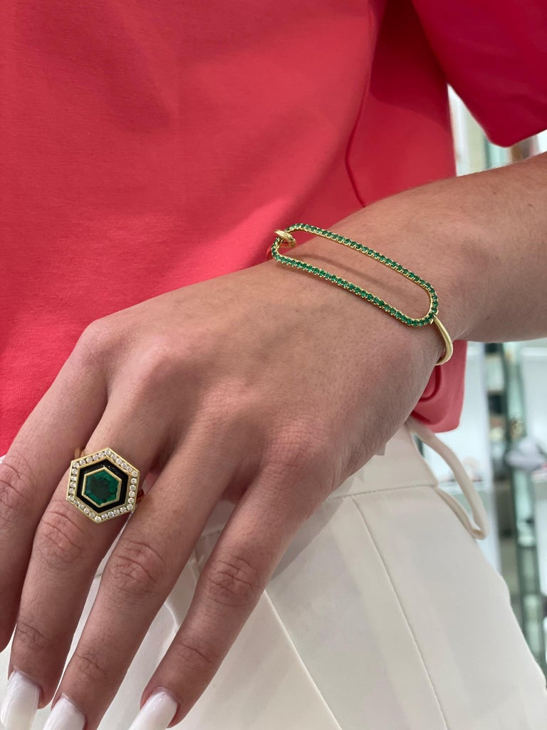 Emerald, Diamond and Enamel Hexagonal Museum Series Ring in 18 Karat Yellow Gold For Sale 1
