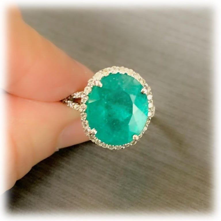 Emerald Diamond Cocktail Ring For Sale 4