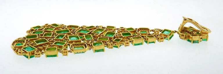 Emerald Diamond Gold Chandelier Earrings  In Excellent Condition In Beverly Hills, CA