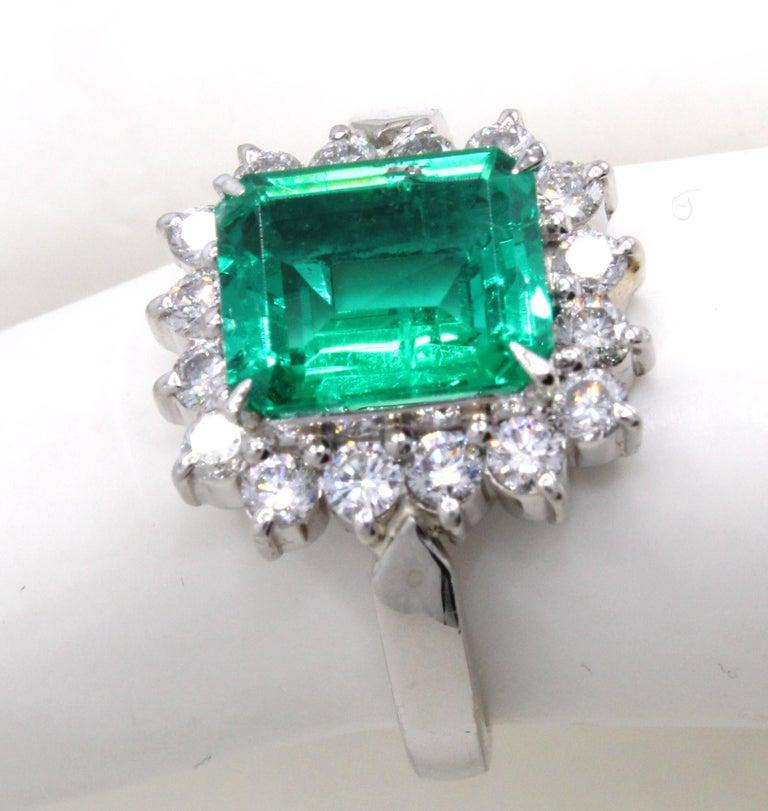 Emerald Diamond Platinum Ring For Sale 1