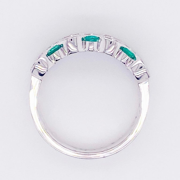 Round Cut Emerald Diamond Ring, 14 Karat White Gold, Three Row Band, Fashion Band For Sale