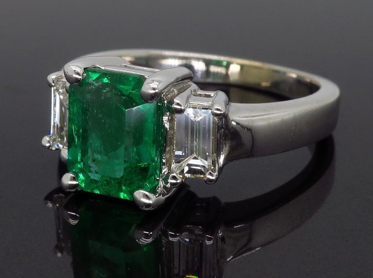 Emerald and Diamond Three-Stone Ring In Excellent Condition For Sale In Webster, NY