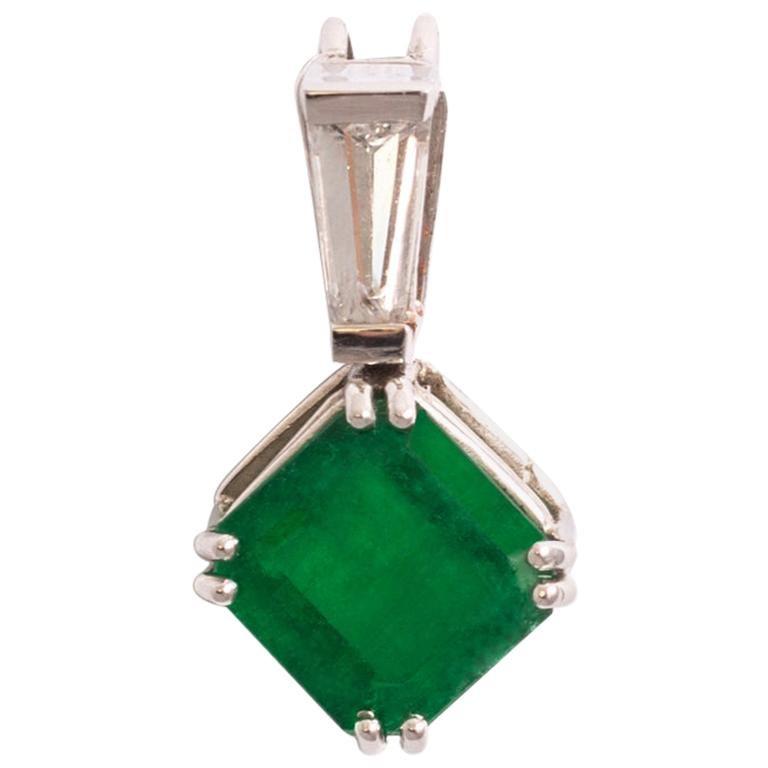 Emerald Diamond White Gold Pendant For Sale