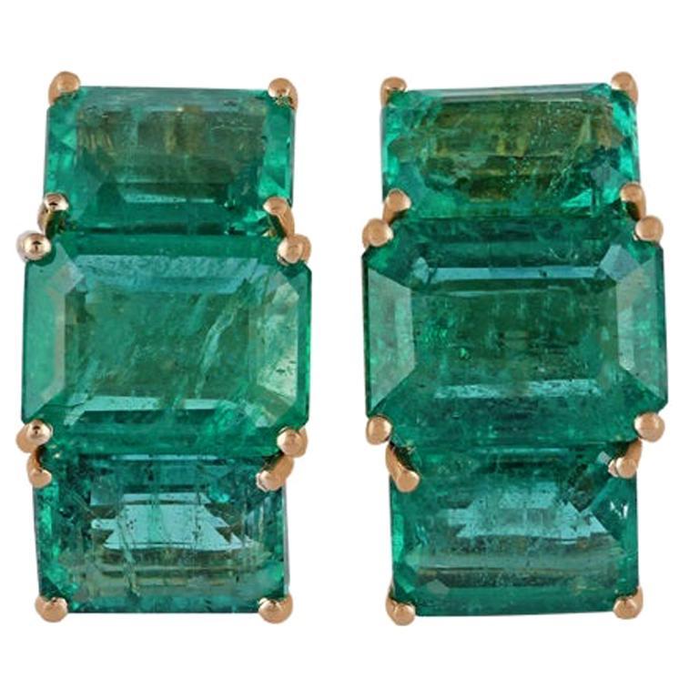 Emerald Earrings Studded in 18 Karat Yellow Gold