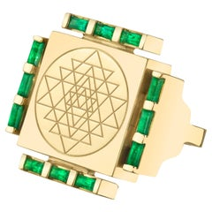 Emerald Engraved Ring