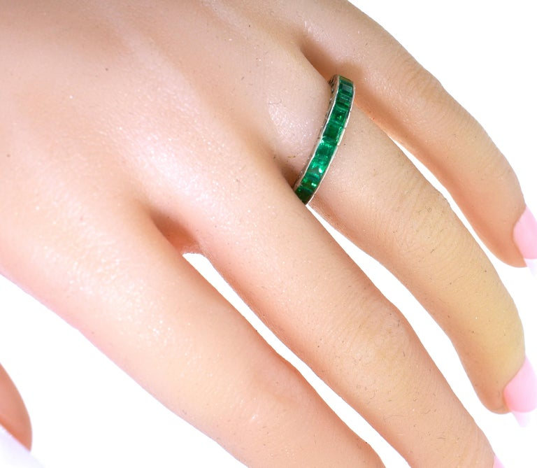 Emerald Eternity Band In Excellent Condition In Aspen, CO