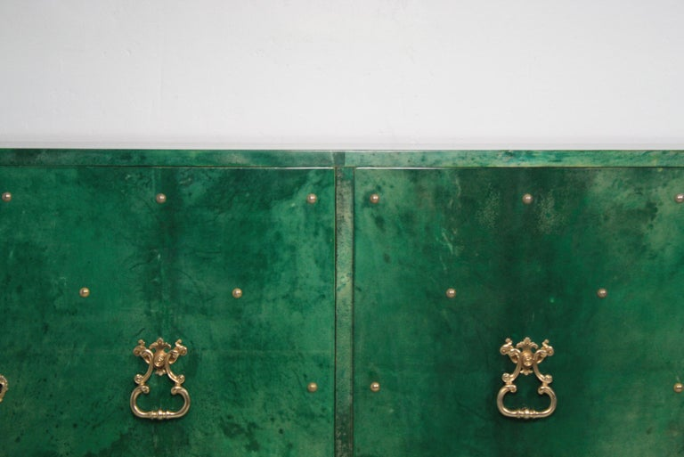 Lacquered 1960s Hollywood Regency Emerald Green Goatskin Credenza by Aldo Tura For Sale