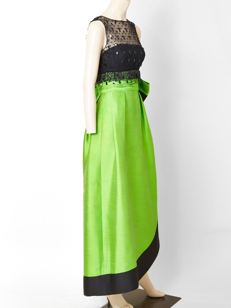 Emerald Green and Black Gown Attributted to Irene Galitzine C. 1960's In Fair Condition For Sale In New York, NY