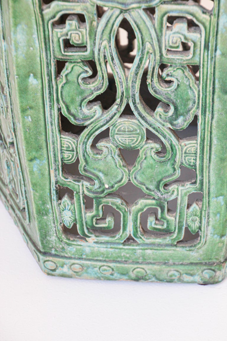 Hand-Crafted Emerald Green Chinese Ceramic Garden Stool For Sale