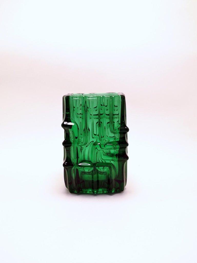 Emerald green vase by Vladislav Urban for Sklo Union, 20th century, Europe 1960s.