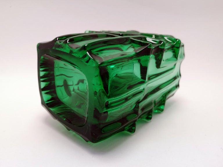 Mid-Century Modern Emerald Green Vase by Vladislav Urban for Sklo Union, 20th Century, Europe 1960s For Sale