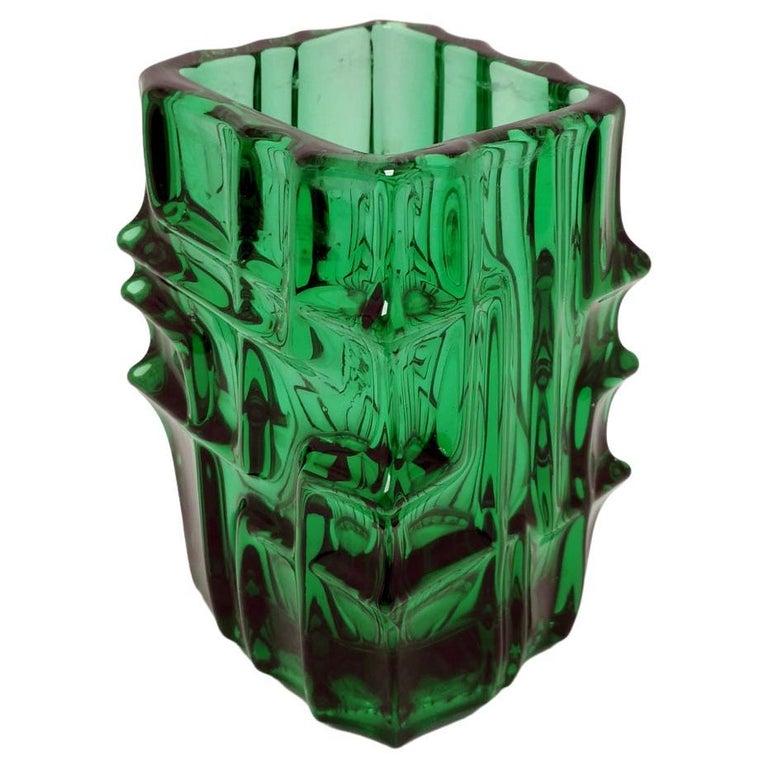 Emerald Green Vase by Vladislav Urban for Sklo Union, 20th Century, Europe 1960s For Sale