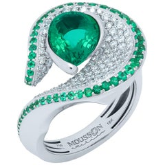 Emerald Pear Shape 2.03 Carat Diamonds Emeralds 18 Karat White Gold Ring