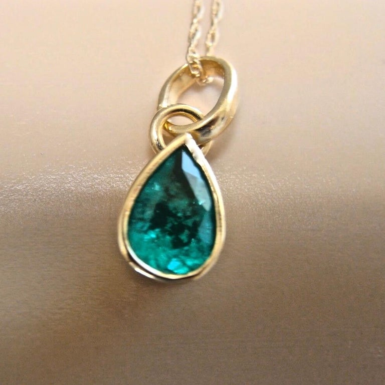 Pear Cut Emerald Pendant Charm 18 Karat Yellow Gold