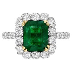 Emerald Ring 2.44 Carats Emerald Cut
