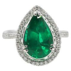 Emerald Ring 3.57 Carat with Diamonds 0.45 Carat 18 Karat Gold