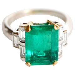 Emerald Ring 3.71 Carat in 18K White and Yellow Gold, Diamonds