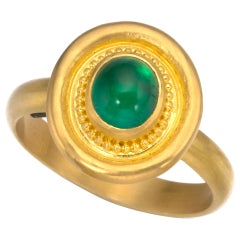 Emerald Ring in 22 Karat Gold