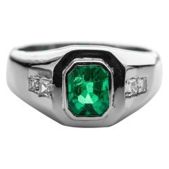 Emerald Ring in Platinum with Diamonds for a Man