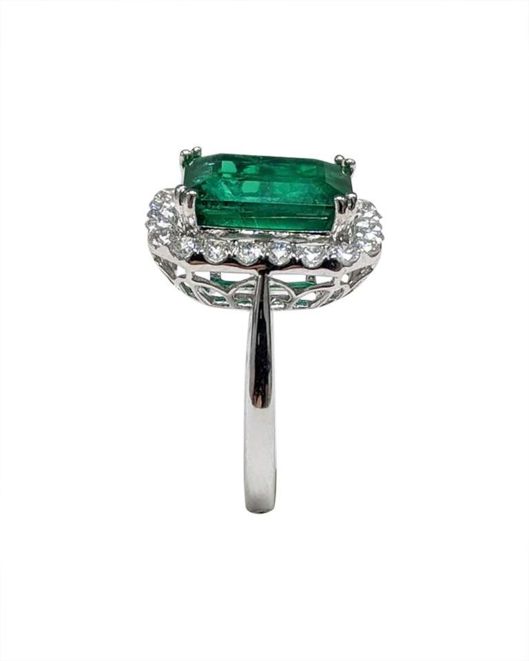 Classical Roman Emerald Ring White Diamond 'Emerald Cut' For Sale