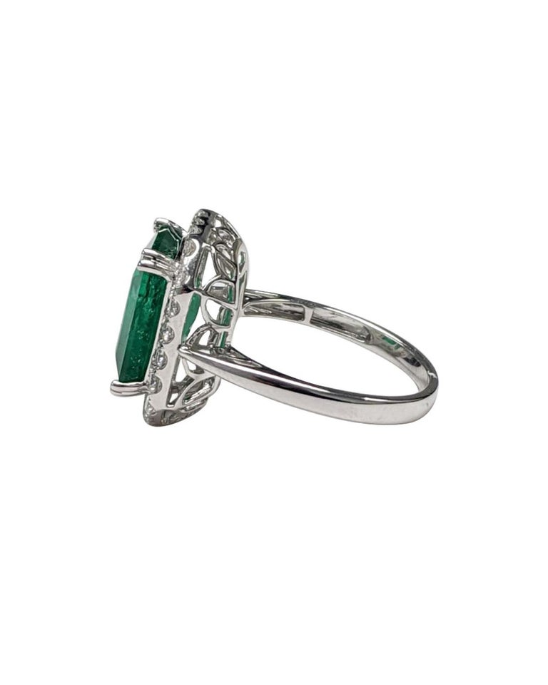 Emerald Ring White Diamond 'Emerald Cut' In Excellent Condition For Sale In Great Neck, NY