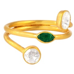 Emerald Rosecut Diamond 18 Karat Gold Coil Ring