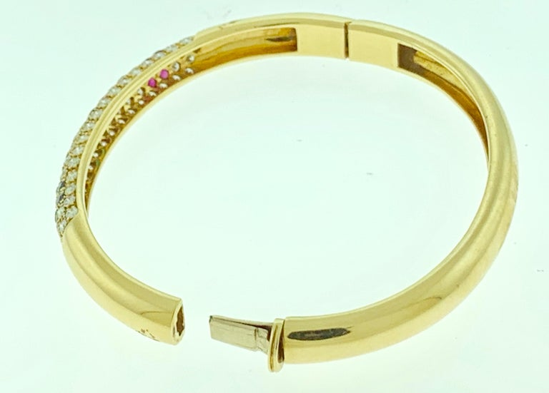 Emerald Ruby Sapphire and Diamond Cuff Bangle Bracelet in 18 Karat Yellow Gold For Sale 1